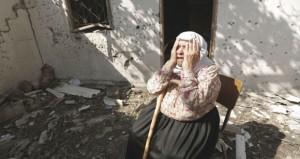 جريمة جديدة في غزة .. والعدوان يكثف قصفه الجوي والمدفعي بالتزامن مع الانسحاب الجزئي