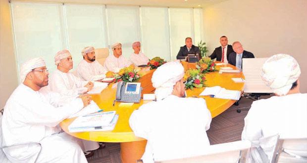 اجتماع اللجنة التأسيسية المشرفة على أكاديمية السلطان قابوس لتنمية القدرات الرياضية