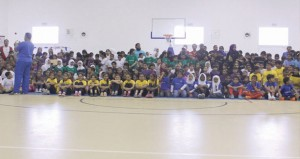 250 طالبا يمثلون 23 مدرسة في مهرجان البراعم لكرة السلة