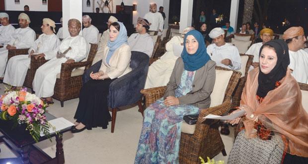 منى آل سعيد ترعى حفل تدشين مدرسة الشموح العالمية