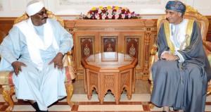 نائب رئيس الوزراء لشؤون مجلس الوزراء يستقبل وزير تنمية الموارد البشرية السوداني
