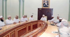 وزير الأوقاف والشؤون الدينية يدشن المشروع الإلكتروني (مكتبي)