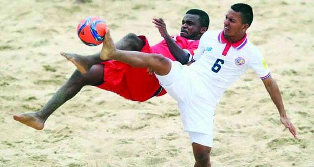 اتحاد الكرة يستعد لانطلاق المرحلة الأولى لبطولة نفط عمان لكرة القدم الشاطئية