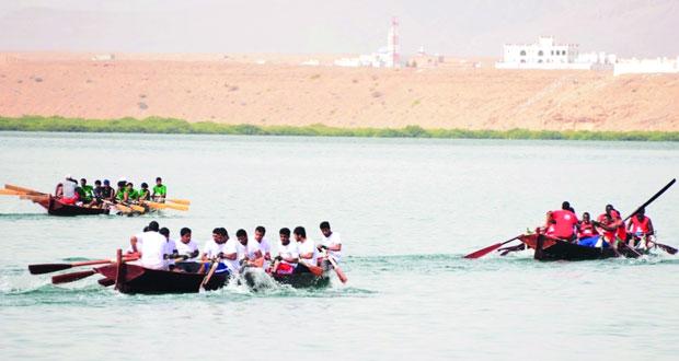 انطلاق سباق القوارب التقليدية الماشوة بولاية صور بمشاركة 6 فرق .. السبت القادم