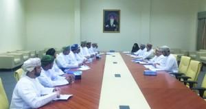 اللجنة الرئيسية تبحث انطلاق برنامج شبابي مع رؤساء الفرق بالمحافظات