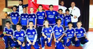 أوزون عمانتل يدعم فريق أكاديمية مسقط ليمثل السلطنة في كأس العالم للبراعم