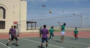 جامعة نزوى تقيم اليوم الرياضي الجامعي الثاني عشـر بالمركز الترفيهي بمنح