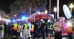 ٧٥ قتيل إثر دهس شاحنة لمحتفلين باليوم الوطني لفرنسا في نيس.. والشرطة تقتل السائق بالرصاص