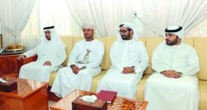 الوفد القضائي الإماراتي يختتم زيارته لظفار