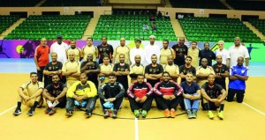 صالة مجمع بوشر الرياضي تحتضن لقاء حكام السلطنة والإمارات في كرة اليد