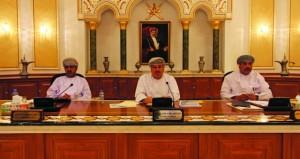 بلدي مسقط يطلع على اختصاصات هيئة تنظيم الكهرباء ويوصي بدراسة مقترح إنشاء المتنزه الأثري في المحافظة