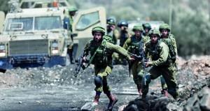 الاحتلال يسقط عشرات الفلسطينيين جرحى في اقتحام عناصره مخيم جنين