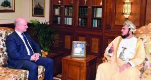 أسعد بن طارق يستقبل السفير الأميركي