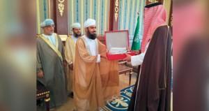 نائب أمير منطقة المدينة المنوّرة يستقبل رئيس بعثة الحج العمانية
