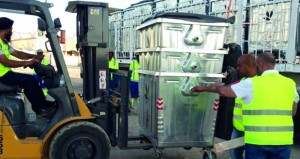 بدء نقل قطاع إدارة النفايات بولاية السيب إلى شركة بيئة