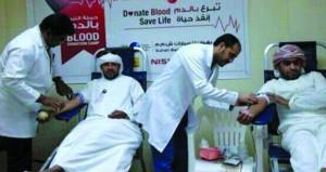 تنفيد 32 حملة تبرع بالدم وتسجيل 2246 متبرعاً ببنك الدم بمستشفى عبري المرجعي