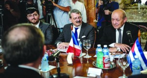 فرنسا تتجه لتعزيز العلاقات مع كوبا