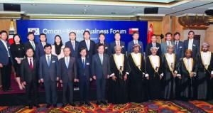 بحث التعاون الثنائي بين السلطنة وكوريا في المجالات الاقتصادية والتجارية والسياحية والطاقة المتجددة والصناعة