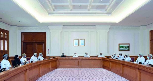 «الشورى» يناقش تداعيات قرار وزارة العمل زيادة رسوم مأذونية العمال الوافدين