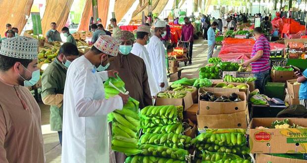 بلدية مسقط تؤكد جاهزية السوق المركزي للخضراوات والفواكه لاستقبال شهر رمضان