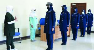 شرطة عمان السلطانية تستكمل حملة التحصين الميدانية بالجرعة الأولى من اللقاح